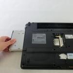 Чистка от пыли ноутбука Toshiba Satellite A210. Съем dvd-rom